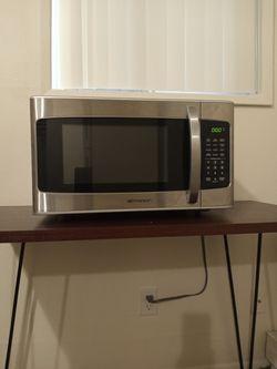 1000 Watt Emerson Microwave for Sale in Milwaukie,  OR