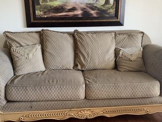 Couch set with coffee table for Sale in Martinez,  CA
