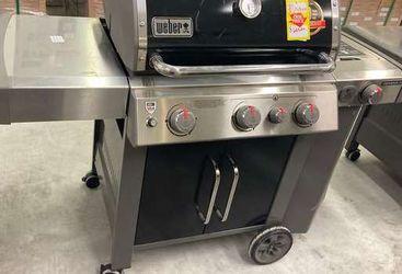 Weber Genisis 2 3 Burner 🔥🔥🔥61016001 Genisis II VAV7 for Sale in Mansfield,  TX