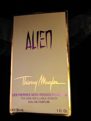 Alien Perfume for Her for Sale in Clackamas, OR