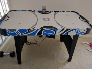 MD sports air hockey table ( missing pucks and pushers) for Sale in Kissimmee, FL