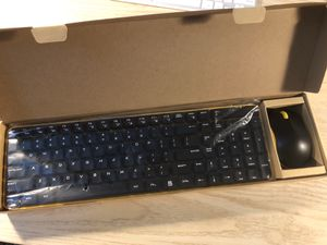 Jellycomb Wireless Keyboard and Mouse Set for Sale in Santa Monica, CA