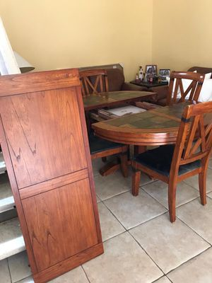Dinning table with extension for Sale in Miami, FL