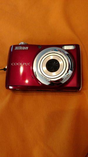 Nikon camera for Sale in Dixon, MO
