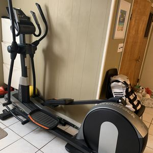 NordicTrack Elliptical for Sale in Queens, NY