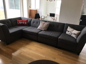 5 - piece couch set for Sale in Los Angeles, CA
