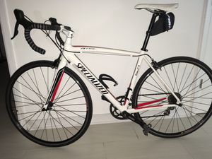 Amazing Specialized ALLEZ Sport Road Bike for Sale in HALNDLE BCH, FL