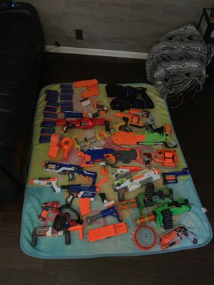 Nerf gun with 26 packets of bullet bb for Sale in Nashville, TN