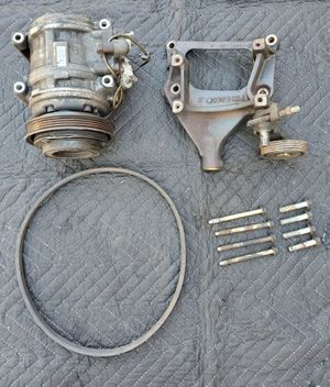 Integra ac pump and bracket for Sale in San Bernardino, CA