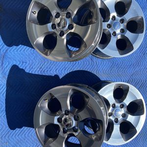 Full Set Of 2017 18inch Jeep Wrangler Wheels for Sale in Aurora, CO