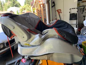 Graco baby car seat for Sale in Federal Way, WA