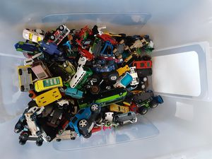 Mixed lot Toy Cars and Trucks Matchbox and others 170 pcs for Sale in Palm Bay, FL