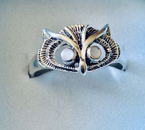 Sterling Owl Ring with .20 TCW Natural Opal! Sz 8 for Sale in Syracuse, NY