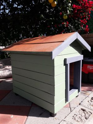 Small pet house for Sale in Los Angeles, CA