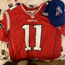 NFL Patriots Jersey And Hat for Sale in Kissimmee,  FL