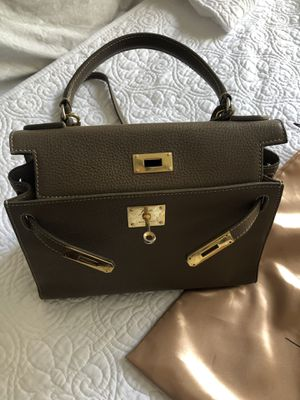 Teddy Blake Bag Taupe for Sale in Sugar Land, TX
