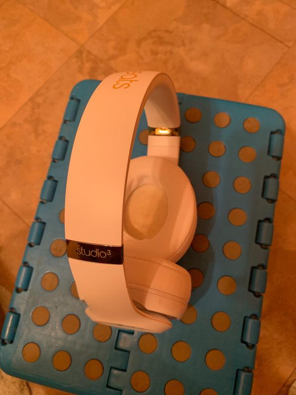 Wireless Beats Studio 3 Headphones