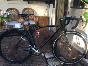 Specialized fixie bike (single gear) for Sale in Altamonte Springs, FL