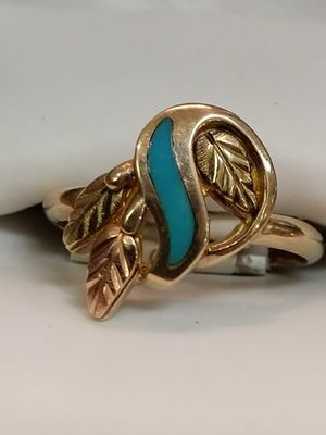 SOLID GOLD TURQUOISE RING for Sale in Leesburg, VA