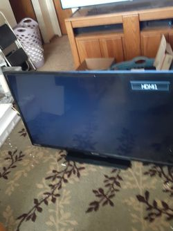 55 Inch Emerson for Sale in Yakima,  WA