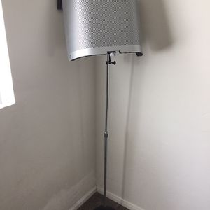 Vocal Mic Shield W/ Pop Filter & Stand for Sale in Spring Valley, CA