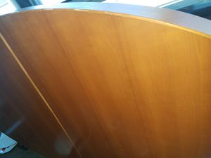 Beautiful med maple honey table with 1 leaf for Sale in Chicago, IL