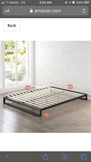 Metal queen bed frame for Sale in Delano, MN