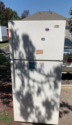 refrigerator for Sale in Rocky Mount, NC