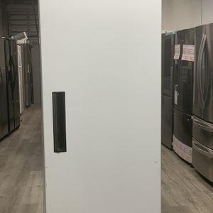 Max cold Commercial Reach In Refrigerator 24 CuFt for Sale in Pompano Beach, FL