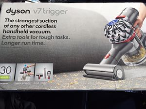 Dyson v7 Trigger Cordless HandHeld Vacuum-New for Sale in Dallas, TX