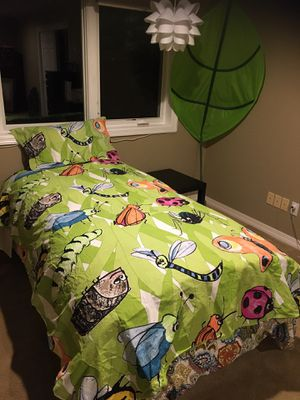 Twin size Duvet set with leaf wall hanging for Sale in West Linn, OR