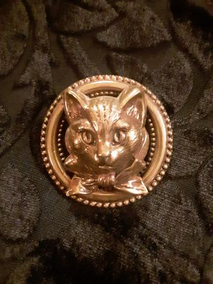 ♥️Vintage Brass, raised, KITTY CAT PIN ~ BROOCH🐈 for Sale in Tacoma, WA