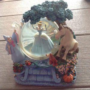 Disney Cinderella Snowglobe with Original Box for Sale in Chino, CA