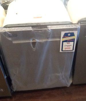 New open box maytag dishwasher MDB8989SHZ for Sale in Hawthorne, CA