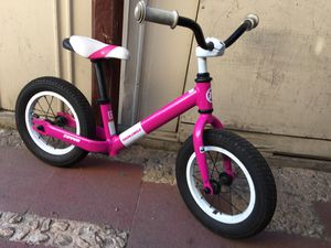 Bike for little girls 2 to 6 years good condition bike for Sale in San Jose, CA