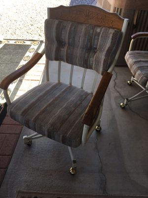4 Dining room chairs for Sale in Apache Junction, AZ