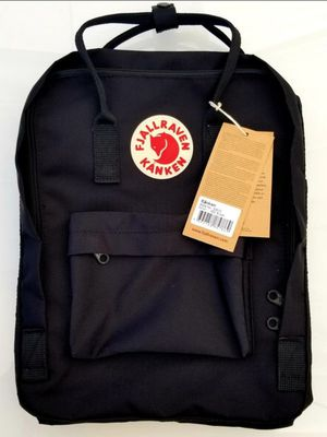 BRAND NEW BLACK FJALLRAVEN KANKEN BACKPACK CLASSIC 16L  WITH TAGS for Sale in Los Angeles, CA
