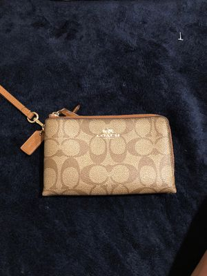 Coach wallet wristlet for Sale in Chicago, IL