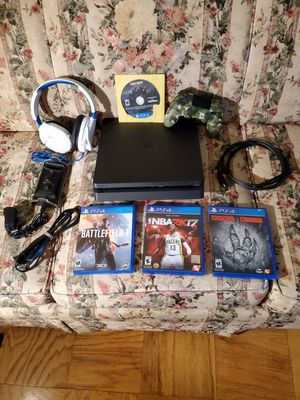 Ps4 slim Bundle for Sale in Greenbelt, MD