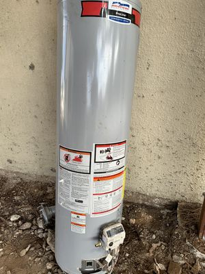 Gas water heater for Sale in Lemon Grove, CA