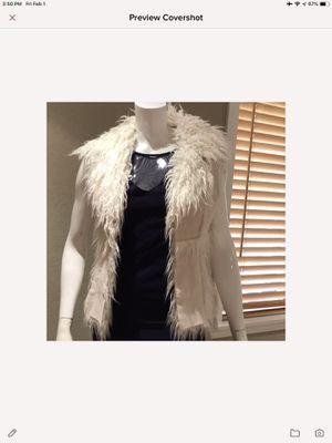 Bebe small faux fur vest off white for Sale in Orange, CA