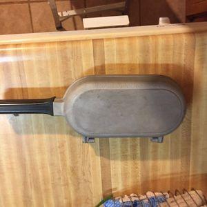 Double well omelette/poacher pan for Sale in Greenville, SC