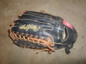 "Rawlings 14"" LH Trap-Eaze Softball Glove. for Sale in Portland, OR"