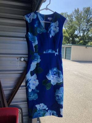 Calvin Klein blue floral sleeveless dress, zip up in back, lady's size 4 for Sale in Glenshaw, PA