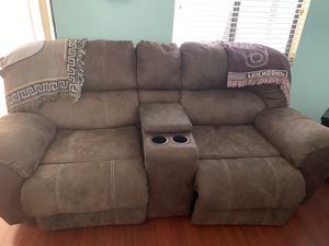 Reclining sofa and love seat for Sale in Plant City, FL