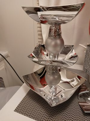 Beautiful bling candy dish for Sale in NEW PRT RCHY, FL