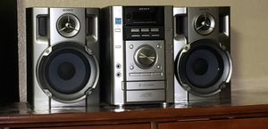 Sony stereo 3 CD player for Sale in Lewisville, TX