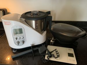 Bellini by Cedarlane BMKM510CL Kitchen Master for Sale in New York, NY