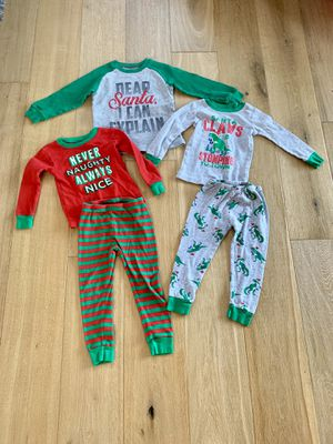 Carter's 3t Christmas Pajamas Excellent Condition for Sale in Tualatin, OR