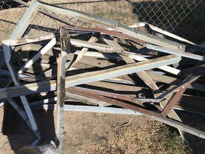 Free metal for Sale in San Bernardino, CA